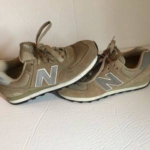 New Balance 574 Men's Size 8 Tan